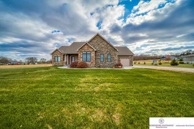 6695 County Road 32, Fort Calhoun, NE 68023 (MLS #22006970) :: Omaha Real Estate Group