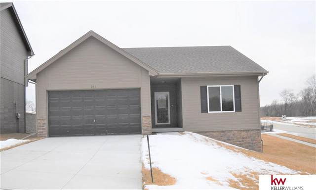 261 11th Avenue, Plattsmouth, NE 68048 (MLS #22007002) :: Dodge County Realty Group