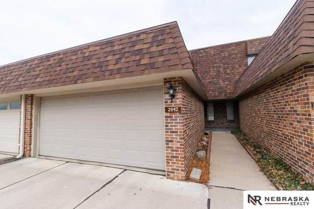 2942 S 59Th Street, Lincoln, NE 68506 (MLS #22007043) :: Dodge County Realty Group