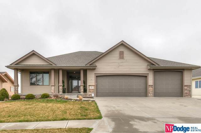 3204 Gold Rush Road, Council Bluffs, IA 51501 (MLS #22007051) :: kwELITE