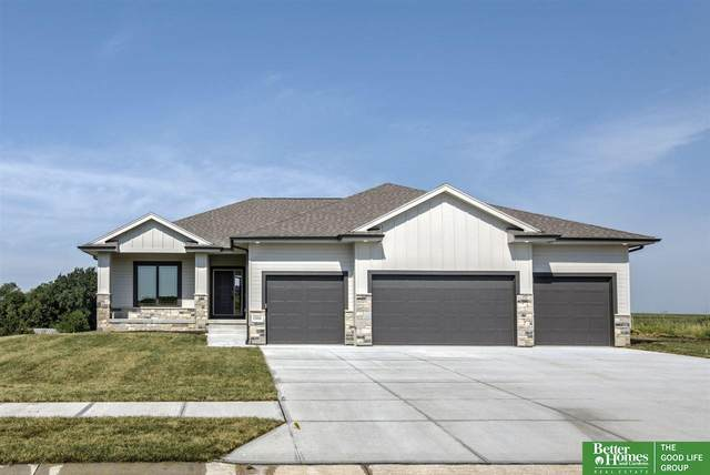 10006 S 188th Street, Omaha, NE 68136 (MLS #22007089) :: Complete Real Estate Group