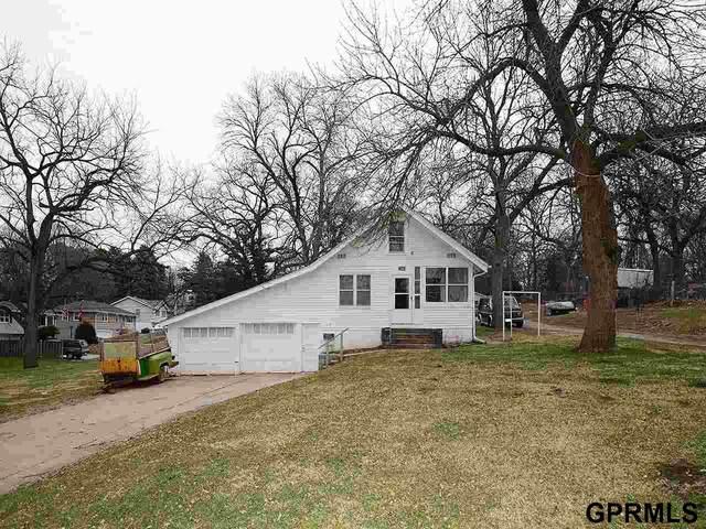 2343 N 75 Street, Omaha, NE 68134 (MLS #22007127) :: Dodge County Realty Group