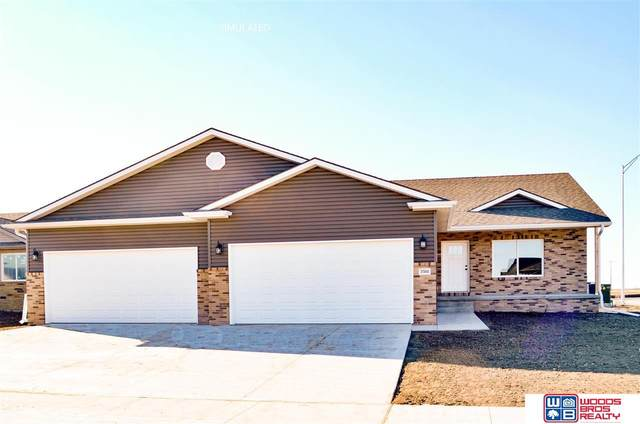 10235 White Pine Road, Lincoln, NE 68527 (MLS #22007188) :: Complete Real Estate Group