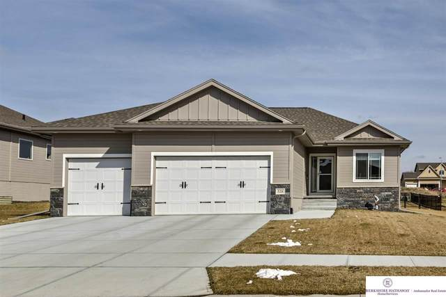 528 Devonshire Street, Gretna, NE 68028 (MLS #22007288) :: Catalyst Real Estate Group
