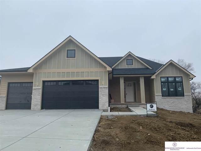 7724 N 166 Street, Bennington, NE 68007 (MLS #22007322) :: One80 Group/Berkshire Hathaway HomeServices Ambassador Real Estate