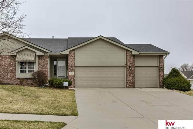 7115 S 163rd Street, Omaha, NE 68136 (MLS #22007323) :: Catalyst Real Estate Group