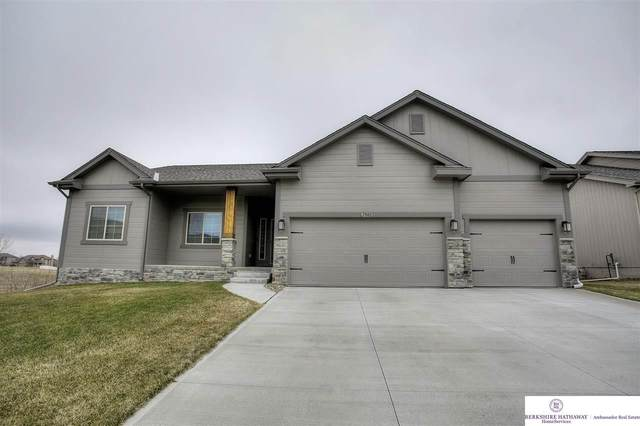 7503 N 163 Street, Bennington, NE 68007 (MLS #22007353) :: Complete Real Estate Group
