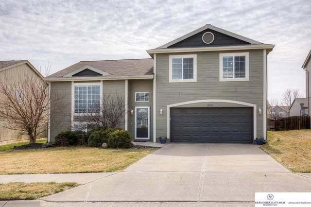 18731 Cinnamon Street, Omaha, NE 68135 (MLS #22007365) :: Omaha Real Estate Group