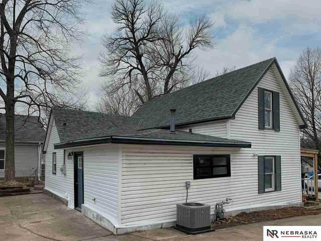 318 Walnut Street, Louisville, NE 68037 (MLS #22007390) :: Complete Real Estate Group