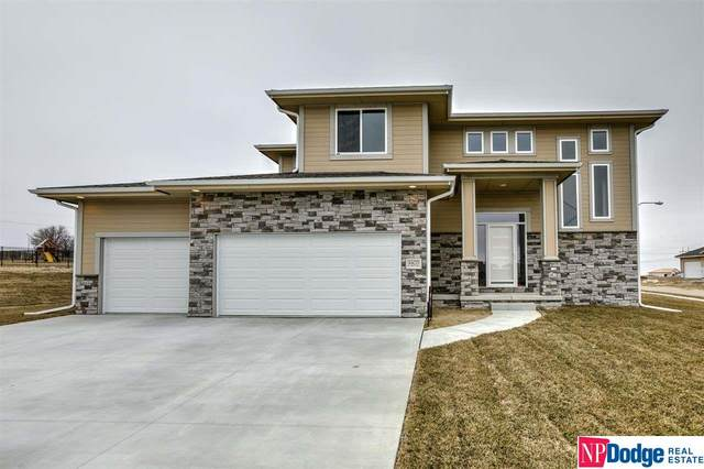 4405 N 190th Avenue, Elkhorn, NE 68022 (MLS #22007404) :: Complete Real Estate Group