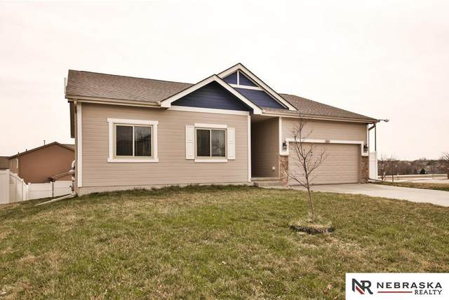 1811 Tammy Street, Bellevue, NE 68123 (MLS #22007412) :: Dodge County Realty Group