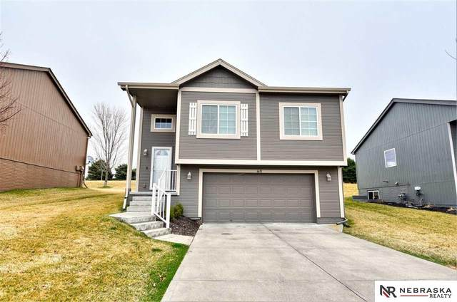 6631 N 142 Street, Omaha, NE 68164 (MLS #22007419) :: Omaha Real Estate Group