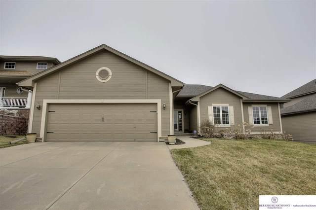 4808 Holloway Avenue, Papillion, NE 68133 (MLS #22007432) :: Omaha Real Estate Group