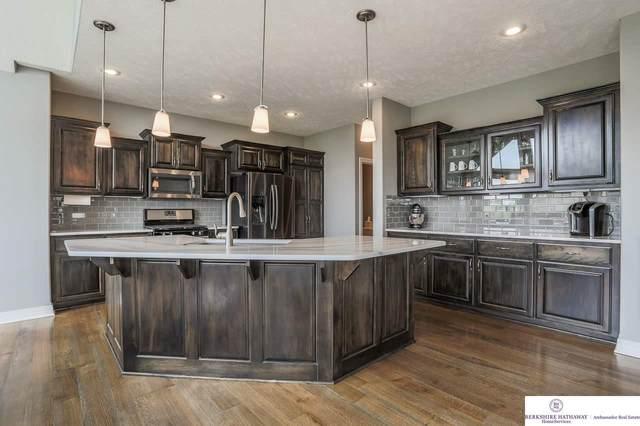 10652 S 189 Street, Omaha, NE 68136 (MLS #22007439) :: Omaha Real Estate Group