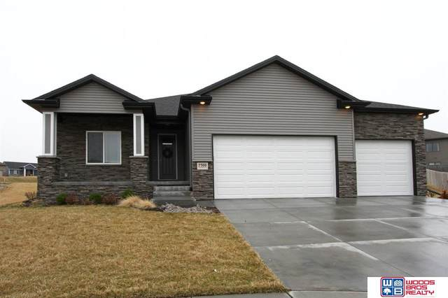 7300 Fairbanks Place, Lincoln, NE 68516 (MLS #22007482) :: Dodge County Realty Group