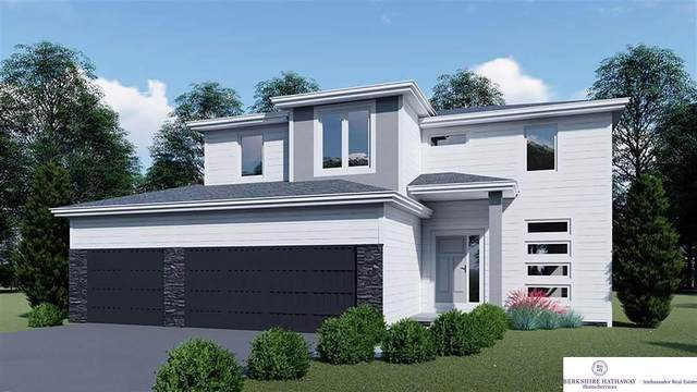 8103 S 192 Avenue, Gretna, NE 68028 (MLS #22007533) :: kwELITE