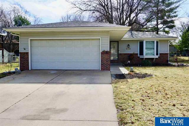 6021 Dogwood Drive, Lincoln, NE 68516 (MLS #22007540) :: Dodge County Realty Group