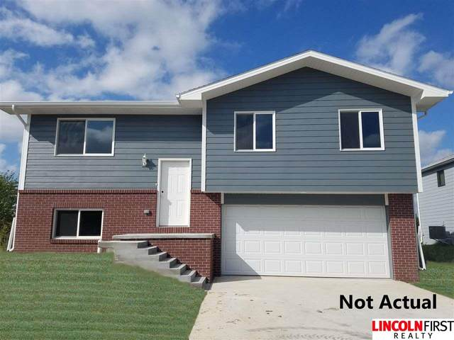 2321 NW 57th Street, Lincoln, NE 68524 (MLS #22007565) :: Catalyst Real Estate Group