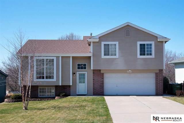 10904 S 18th Street, Bellevue, NE 68123 (MLS #22007572) :: Catalyst Real Estate Group