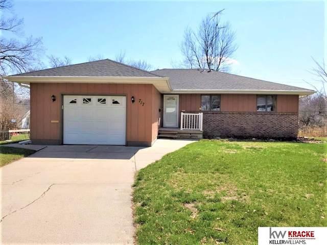 717 W 1st Street, Wilber, NE 68465 (MLS #22007596) :: Dodge County Realty Group