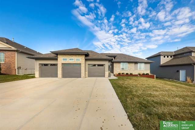 6140 N 165th Street, Omaha, NE 68116 (MLS #22007642) :: Capital City Realty Group