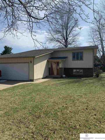 2680 Crestwood Drive, Fremont, NE 68025 (MLS #22007649) :: Dodge County Realty Group