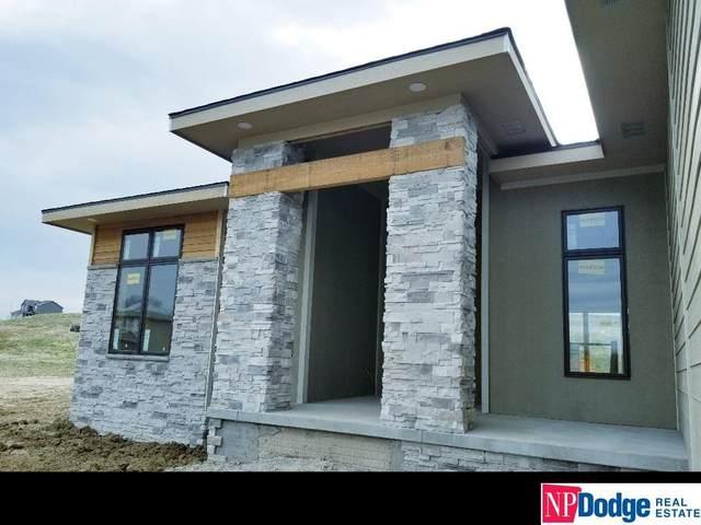 8228 N 167 Street, Bennington, NE 68007 (MLS #22007660) :: One80 Group/Berkshire Hathaway HomeServices Ambassador Real Estate