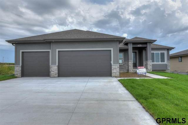 4303 George Miller Parkway, Elkhorn, NE 68022 (MLS #22007661) :: One80 Group/Berkshire Hathaway HomeServices Ambassador Real Estate