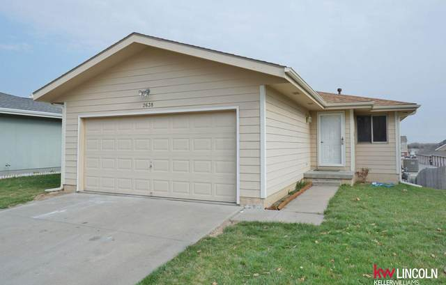 2638 W South Street, Lincoln, NE 68522 (MLS #22007695) :: One80 Group/Berkshire Hathaway HomeServices Ambassador Real Estate