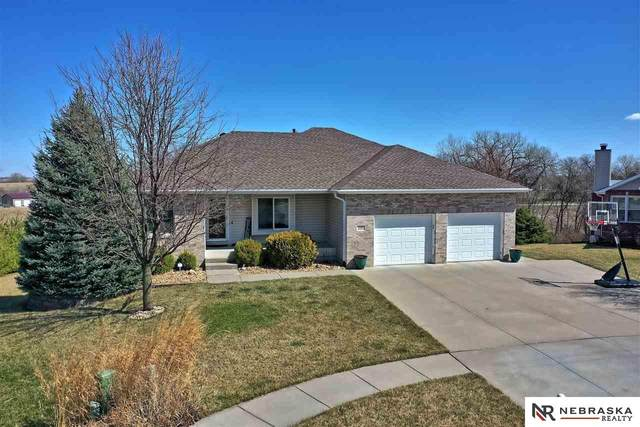 220 Wenzel Circle, Eagle, NE 68347 (MLS #22007719) :: Lincoln Select Real Estate Group