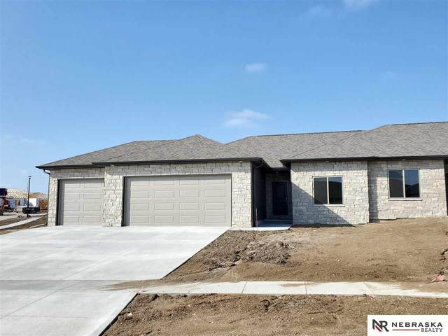 3702 Broadbear Road, Lincoln, NE 68516 (MLS #22007748) :: kwELITE