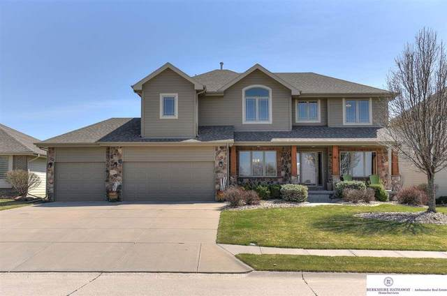 6121 N 166 Street, Omaha, NE 68116 (MLS #22007769) :: Dodge County Realty Group