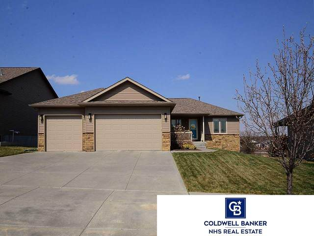 8020 Mandalay Drive, Lincoln, NE 68516 (MLS #22007796) :: Lincoln Select Real Estate Group