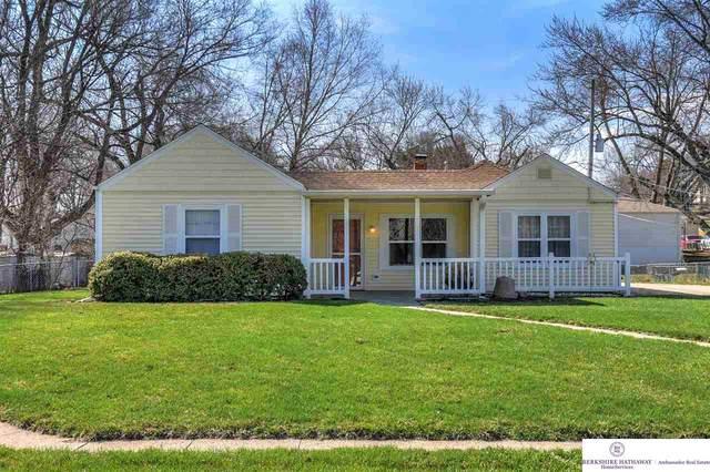 20455 Victor Avenue, Omaha, NE 68022 (MLS #22007830) :: Dodge County Realty Group