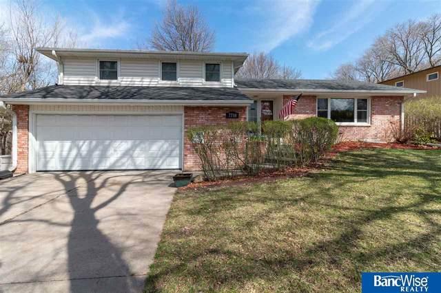 7710 Sandalwood Drive, Lincoln, NE 68510 (MLS #22007836) :: Dodge County Realty Group