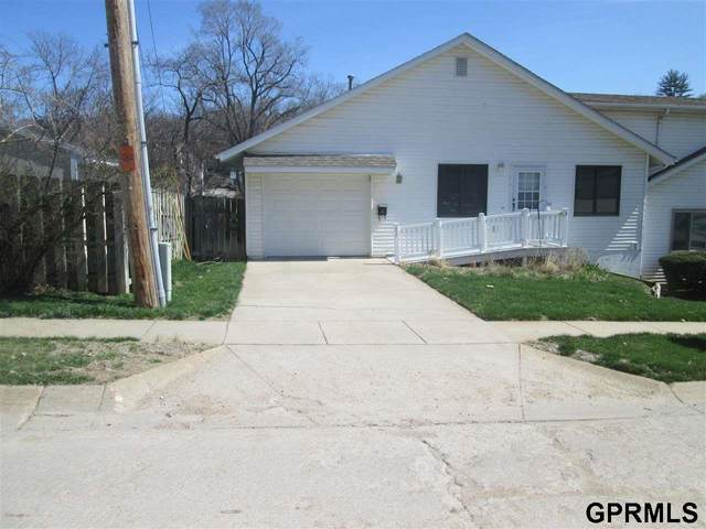 417 S 10th Street, Plattsmouth, NE 68048 (MLS #22007898) :: Capital City Realty Group