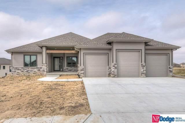 7708 N 167 Avenue, Bennington, NE 68007 (MLS #22007905) :: One80 Group/Berkshire Hathaway HomeServices Ambassador Real Estate