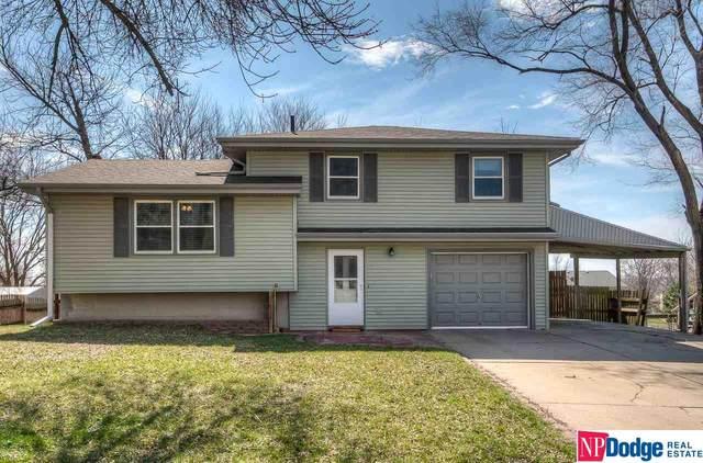 18921 Grant Street, Elkhorn, NE 68022 (MLS #22007938) :: One80 Group/Berkshire Hathaway HomeServices Ambassador Real Estate