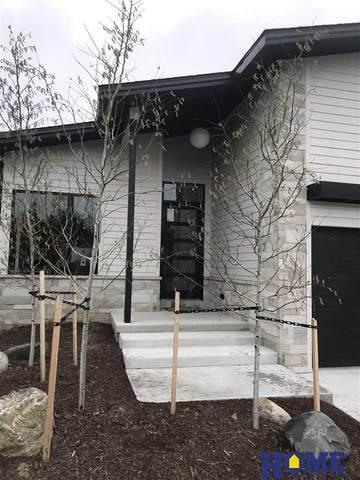 3616 Kilkee Road, Lincoln, NE 68520 (MLS #22008002) :: One80 Group/Berkshire Hathaway HomeServices Ambassador Real Estate