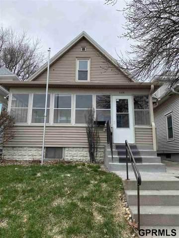 1338 S 21 Street, Omaha, NE 68108 (MLS #22008005) :: kwELITE