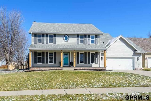 15638 Polk Circle, Omaha, NE 68135 (MLS #22008039) :: One80 Group/Berkshire Hathaway HomeServices Ambassador Real Estate