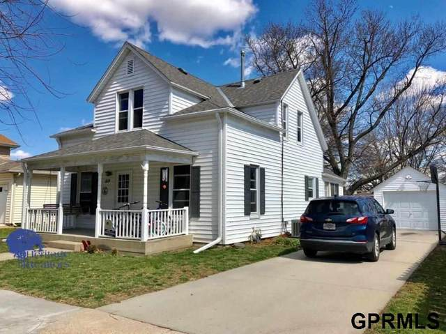 514 N York Avenue, York, NE 68467 (MLS #22008088) :: Capital City Realty Group
