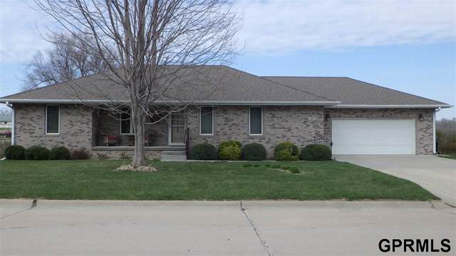 1307 13th Street, Fairbury, NE 68352 (MLS #22008091) :: One80 Group/Berkshire Hathaway HomeServices Ambassador Real Estate