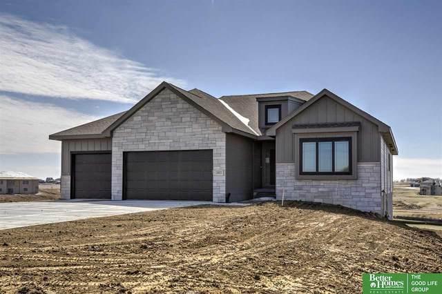 10022 S 180th Avenue Circle, Gretna, NE 68136 (MLS #22008115) :: One80 Group/Berkshire Hathaway HomeServices Ambassador Real Estate