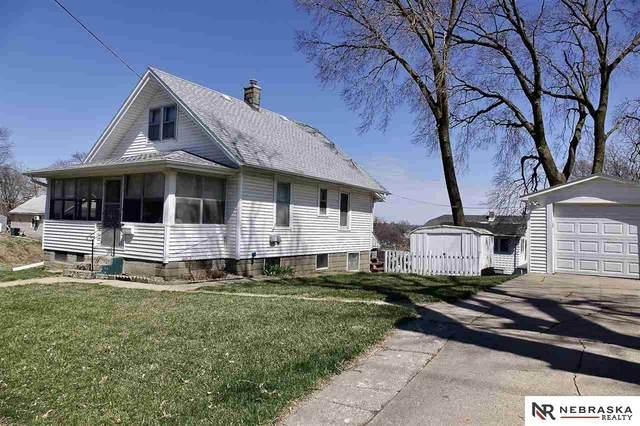 1203 S 25 Avenue, Omaha, NE 68105 (MLS #22008121) :: Capital City Realty Group