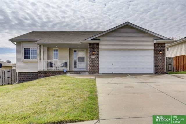 3709 Helwig Avenue, Bellevue, NE 68123 (MLS #22008122) :: One80 Group/Berkshire Hathaway HomeServices Ambassador Real Estate