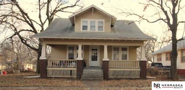 735 Garfield Street, Lincoln, NE 68502 (MLS #22008157) :: The Briley Team