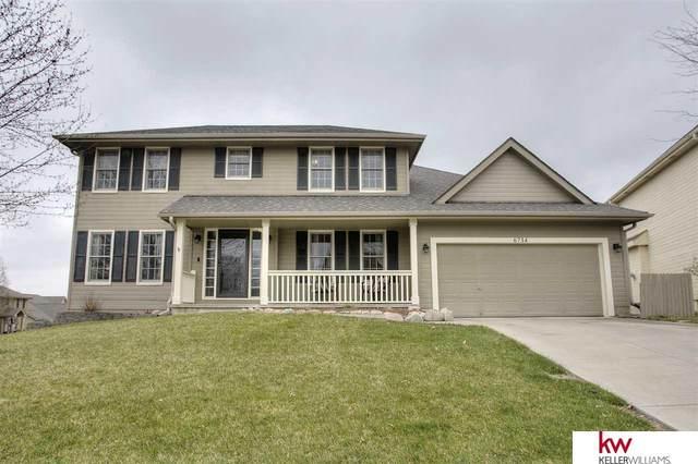 6734 S 163 Street, Omaha, NE 68135 (MLS #22008179) :: One80 Group/Berkshire Hathaway HomeServices Ambassador Real Estate