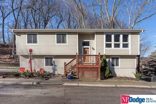 608 Laurel Drive, Bellevue, NE 68005 (MLS #22008184) :: One80 Group/Berkshire Hathaway HomeServices Ambassador Real Estate