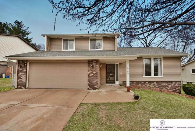 15429 Blackwell Drive, Omaha, NE 68137 (MLS #22008193) :: Dodge County Realty Group